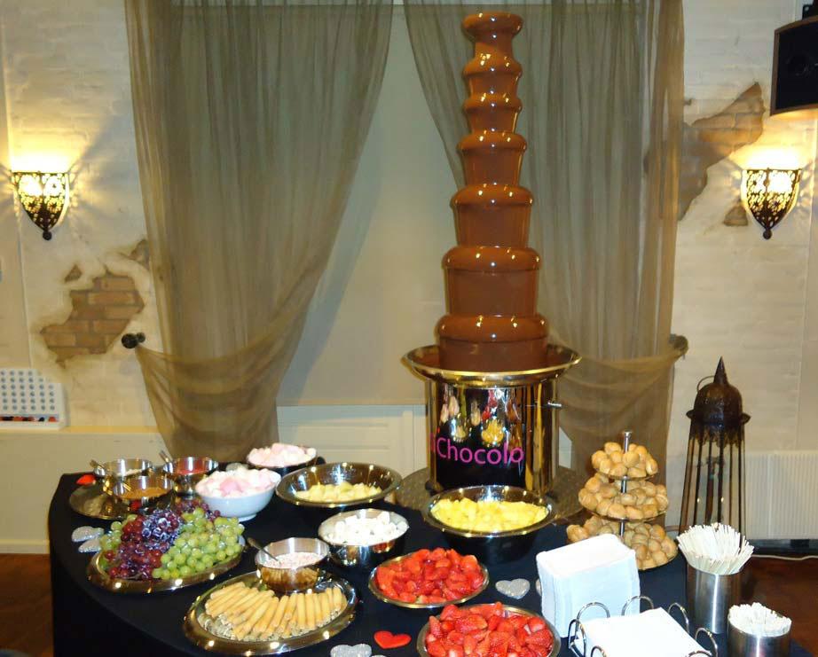 Ons chocoladebuffet was dé smaakmaker van de avond waar alle genodigden zich uitstekend mee hebben vermaakt.